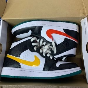 Nike Jordan 1's